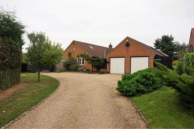 Thumbnail Detached bungalow for sale in Gelston, Grantham