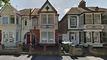 Thumbnail Terraced house to rent in Cotswold Gardens, London