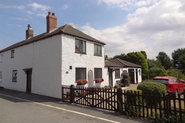 Thumbnail Cottage for sale in King Street, Billinghay, Lincoln
