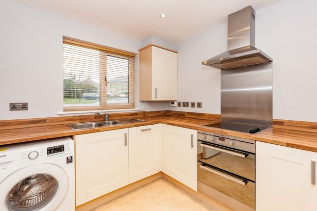 Thumbnail Terraced house to rent in Tower Hill, Witney