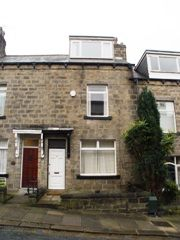 Thumbnail Terraced house to rent in Rose Avenue, Horsforth, Leeds