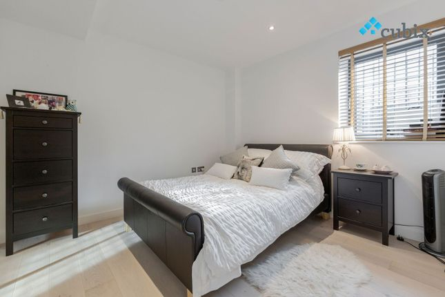 Thumbnail Flat to rent in 294 St James Road, London