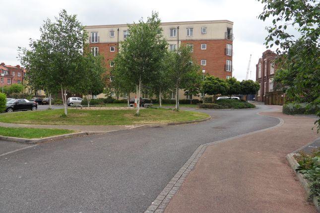 2 bed flat to rent in Doudney Court, Bristol