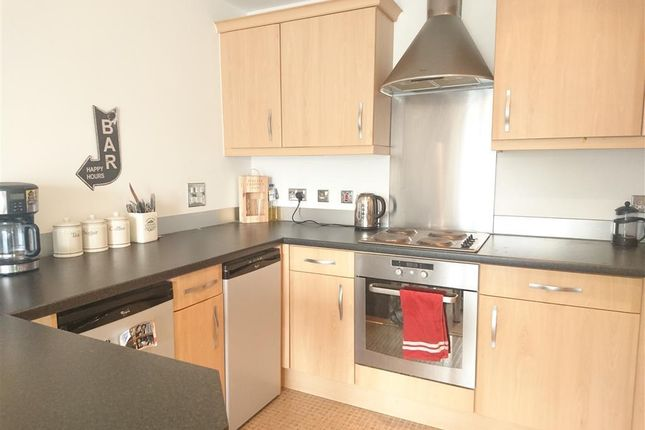 Thumbnail Property to rent in Pheobe Road, Pentrechwyth, Swansea