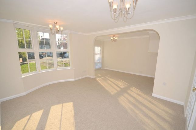 Thumbnail Semi-detached house to rent in Stanley Avenue, Beckenham