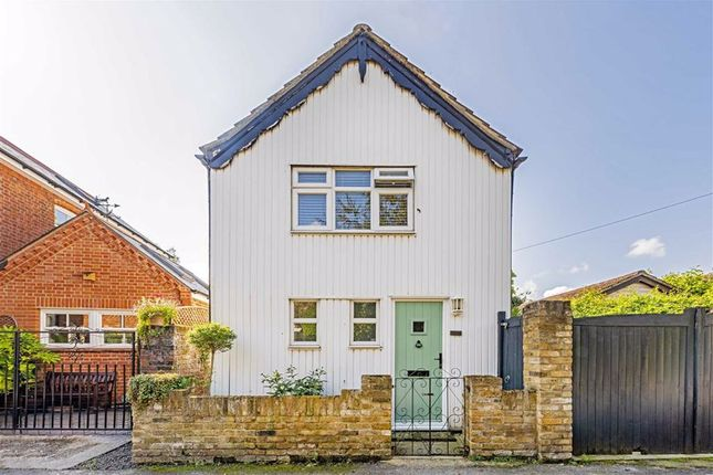 Thumbnail Property for sale in Blacksmiths Lane, Staines