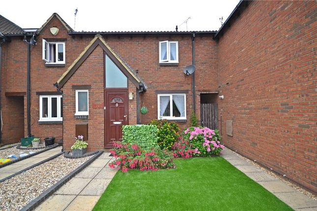 Thumbnail Terraced house for sale in Coney Grange, Warfield, Bracknell