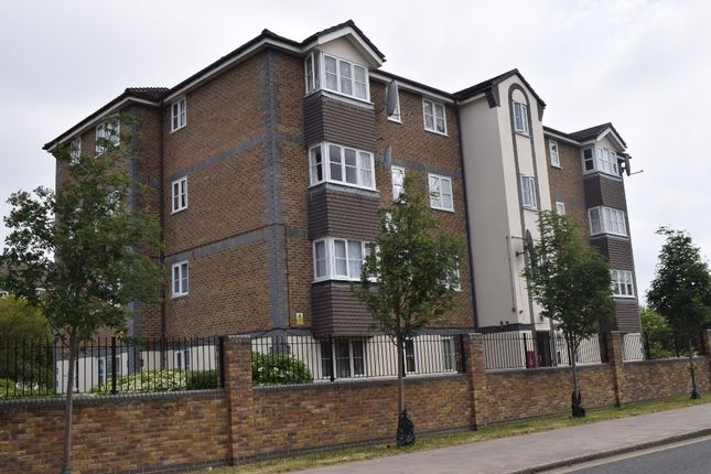 Thumbnail Flat for sale in South Street, Ponders End