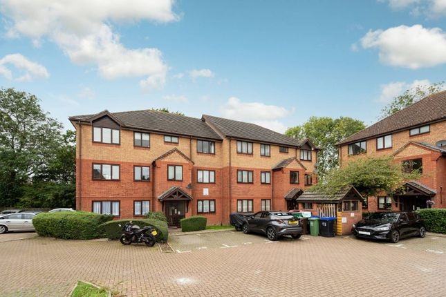 1 bed flat for sale in Chartwell Gardens, Sutton SM3
