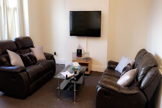 Thumbnail Property to rent in Carlton Road, Salford, Manchester