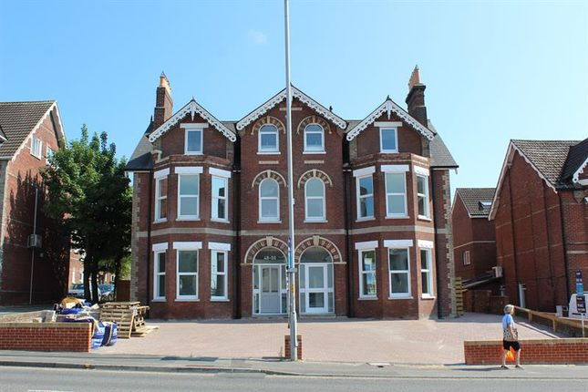 Thumbnail Flat for sale in Parkstone Road, Parkstone, Poole
