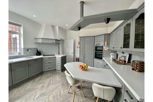 Kitchen of Great North Road, Retford DN22