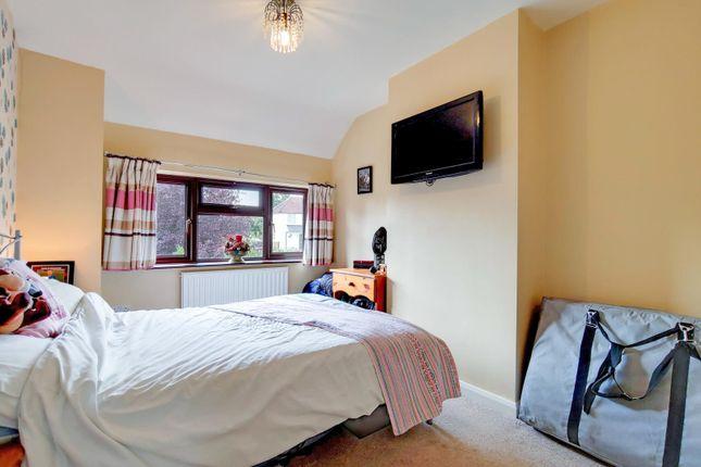 11_Bedroom 2-0 of Gills Hill Lane, Radlett WD7