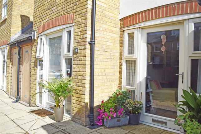 Thumbnail Cottage for sale in Bridle Lane, St Margarets, Twickenham