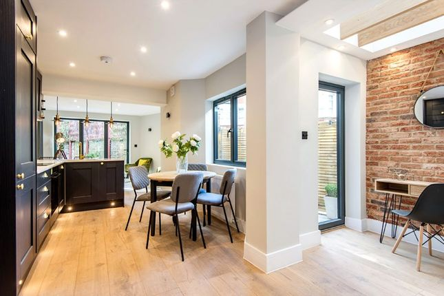 2 bed flat for sale in Shirland Road, Maida Vale W9