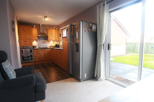 Dining Kitchen of Scalloway Road, Cambuslang, Glasgow G72
