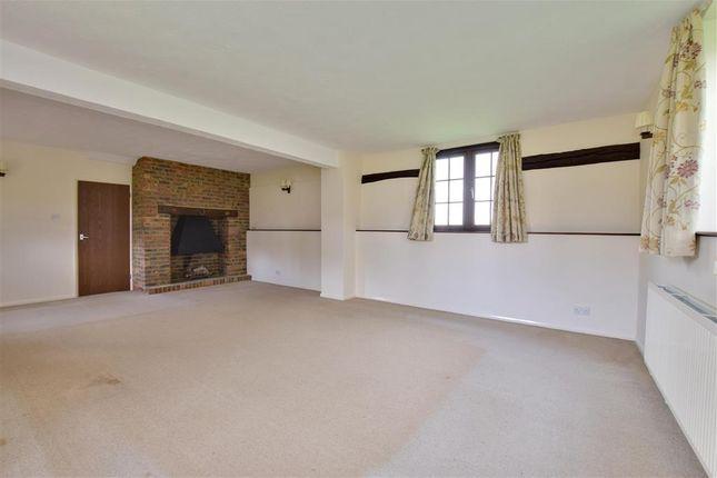 Lounge of Maidstone Road, Marden, Kent TN12