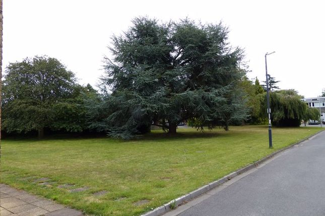 Photo 18 of Lynton Green, Maidenhead SL6