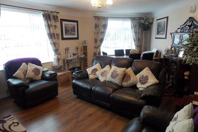 Thumbnail Flat to rent in Llysfaen Avenue, Kinmel Bay, Rhyl