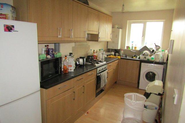 Thumbnail Flat to rent in Sirdar Road, Southampton