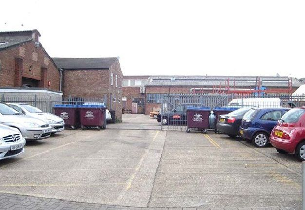 Thumbnail Light industrial to let in Unit B1, Holly Street Business Park, Union Street, Luton, Bedfordshire