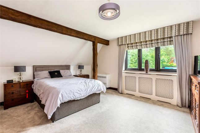 Picture No. 20 of Heath Ride, Finchampstead, Wokingham, Berkshire RG40