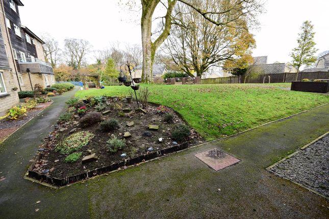 Communal Garden of Rowanberries Baldwin Lane, Clayton, Bradford BD14