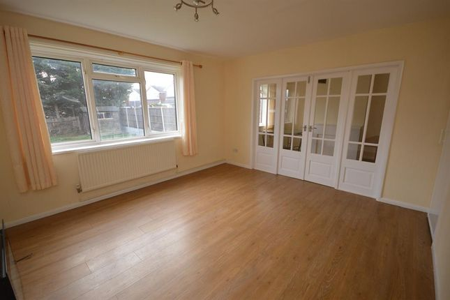 Thumbnail Semi-detached house to rent in Red Hill Avenue, Narborough, Leicester