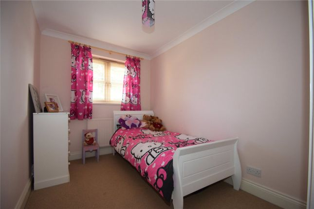 Picture No. 11 of New Wokingham Road, Crowthorne, Berkshire RG45