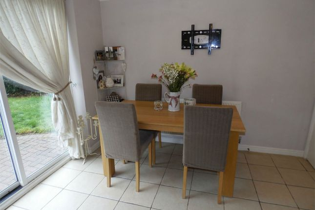 Thumbnail Semi-detached house to rent in Cowslip Drive, Deeping St James, Peterborough, Lincolnshire