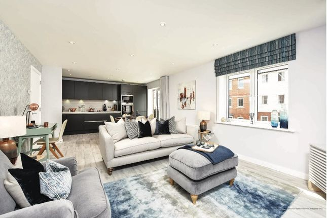 Thumbnail Flat to rent in Knowles Court, Woodlands Avenue, Rye Wood