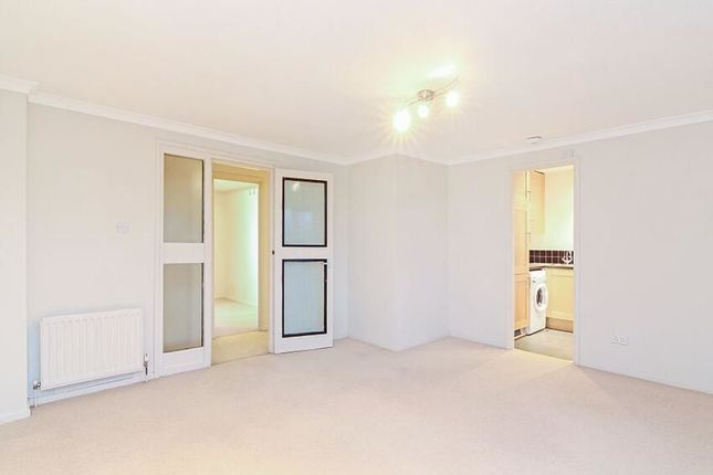 Thumbnail Flat to rent in Allendale Close, London