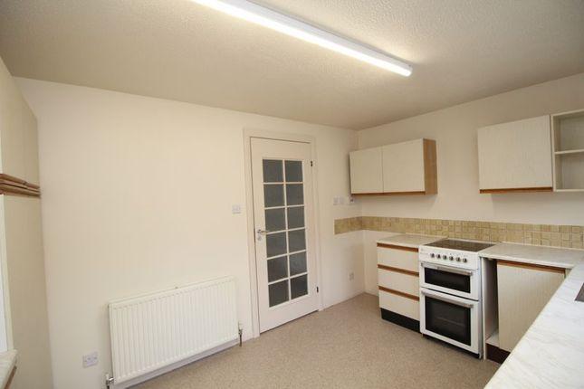 Kitchen of Loom Road, Kirkcaldy KY2