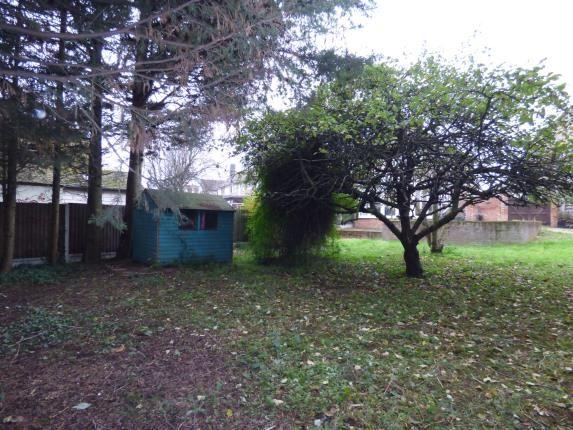 Garden of Shaw Avenue, Barking IG11