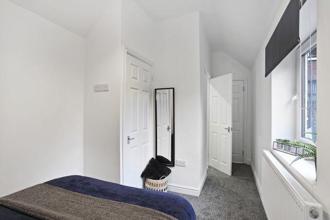 Gallery of Lower Oxford Street, Castleford WF10