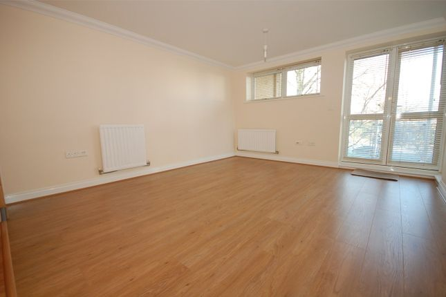Thumbnail Flat to rent in Maxim Apartments, 2 Wheeler Place, Bromley