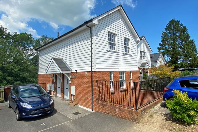 2 bed maisonette for sale in Wish Valley Mews, Talbot Road, Hawkhurst, Cranbrook TN18