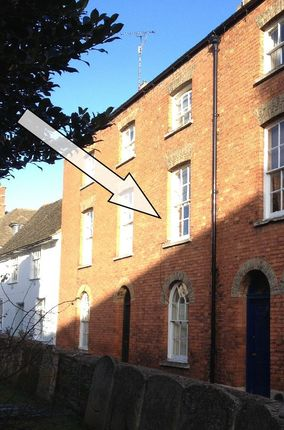 Thumbnail Town house to rent in St Georges Square, Stamford