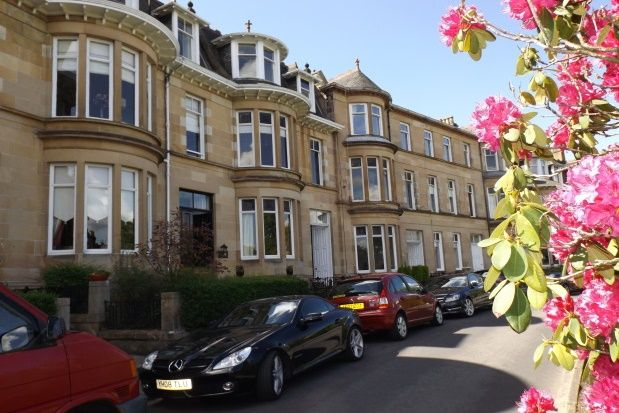 Thumbnail Flat to rent in Princes Gardens, Glasgow