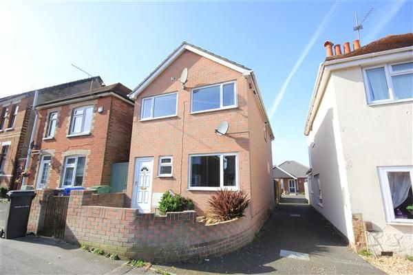 Thumbnail Detached house to rent in Albert Road, Parkstone, Poole