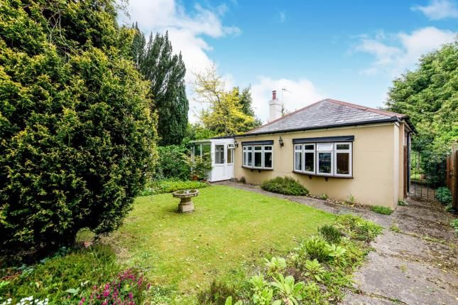 Thumbnail Bungalow for sale in Sandrock Road, Tunbridge Wells, Kent