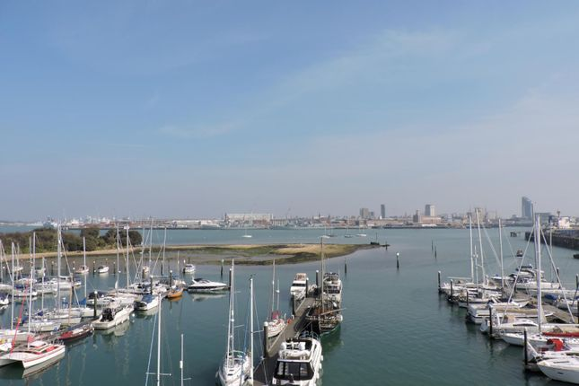 Thumbnail Flat to rent in The Chandlers, Salt Meat Lane, Gosport