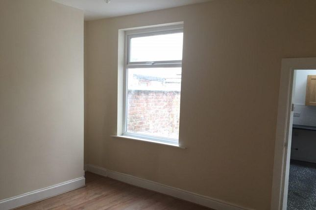 Thumbnail Terraced house to rent in Symons Street, Salford