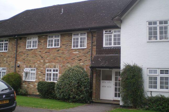 Thumbnail Flat to rent in Lexham Gardens, Amersham