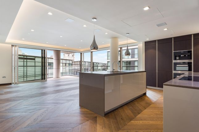Thumbnail Flat to rent in Earls Way, One Tower Bridge