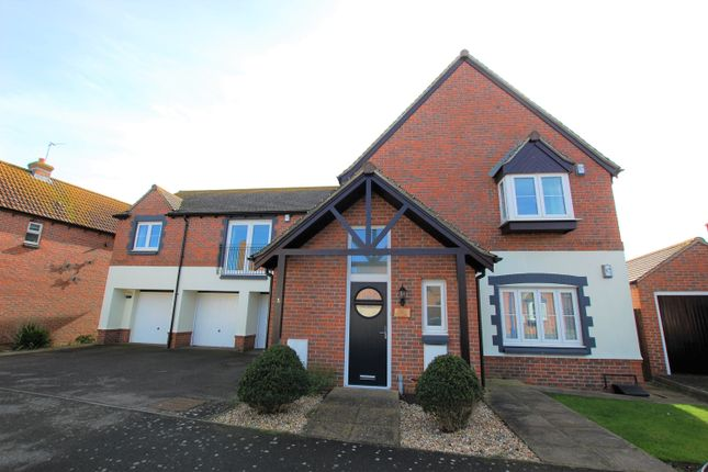 Thumbnail Flat for sale in Millington Drive, Selsey