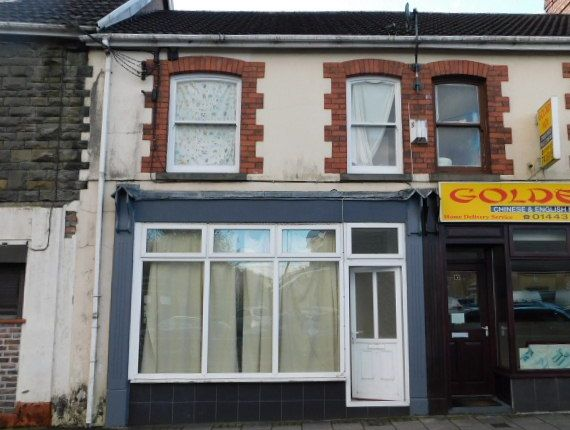 Thumbnail Restaurant/cafe to let in Margaret Street, Abercynon