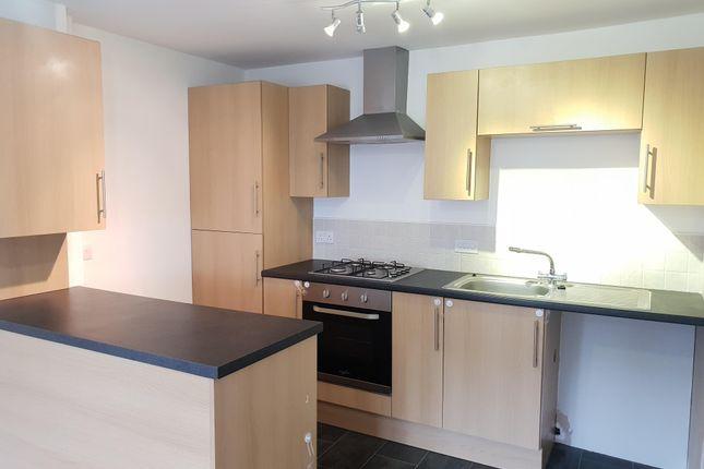 Thumbnail Flat to rent in Bursledon Road, Hedge End, Southampton