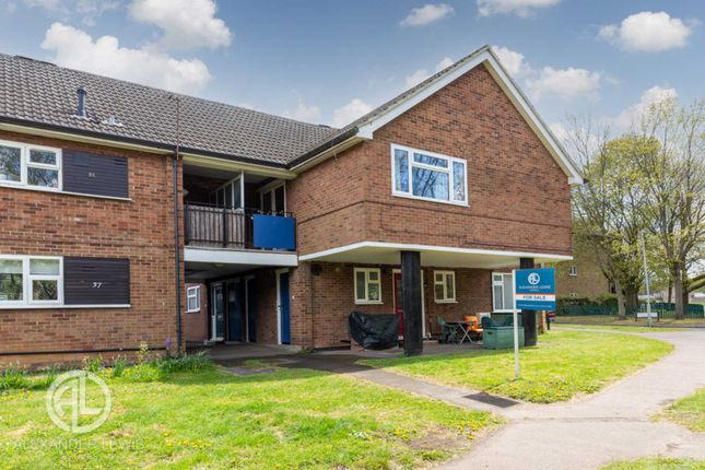 2 bed maisonette for sale in Fleetwood, Letchworth Garden City SG6