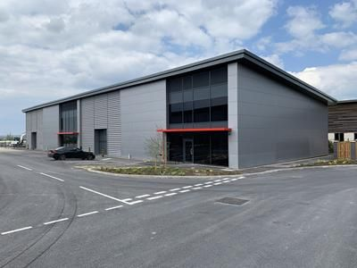 Thumbnail Light industrial to let in Units 33 & 35, High View Close, Hamilton Industrial Estate, Leicester